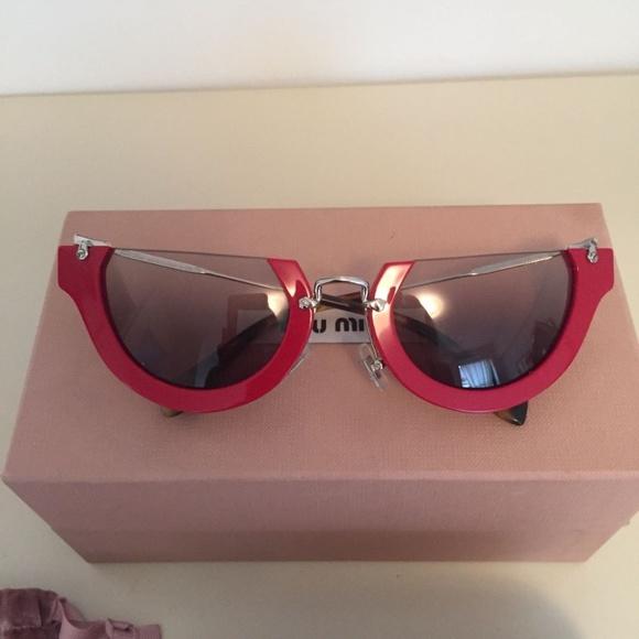 e6a88e43890 Miu Miu nwt red cat eye collectors sunglasses rare